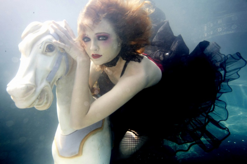Jul 22, 2007 Scott Rhea-photographer Underwater/model-Ciara