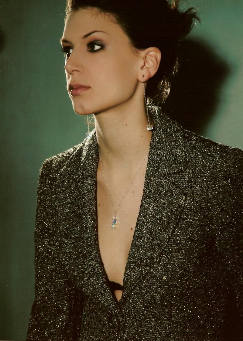 Female model photo shoot of Susana Valoczy
