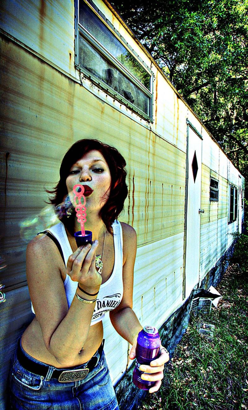 Female model photo shoot of redzy