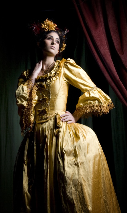 Austin, Tx Jul 25, 2007 AZAC Designs and Underhill Photography Gold Silk 18th Century Gown