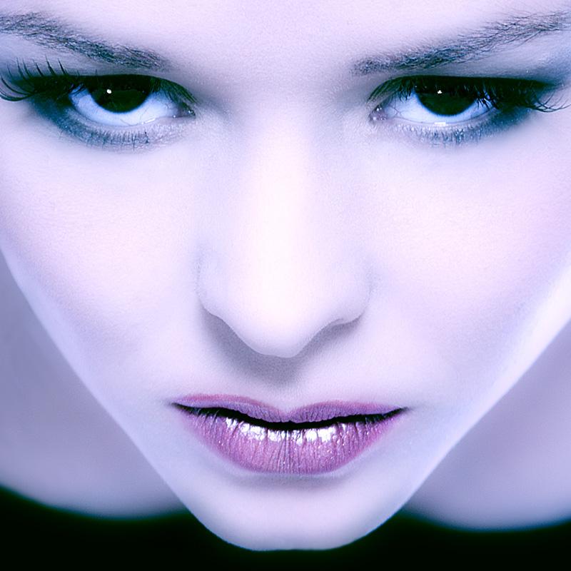 Rekem Lanaken Jul 31, 2007 DNF-Style.com Model: Thalia   Make up: Anne