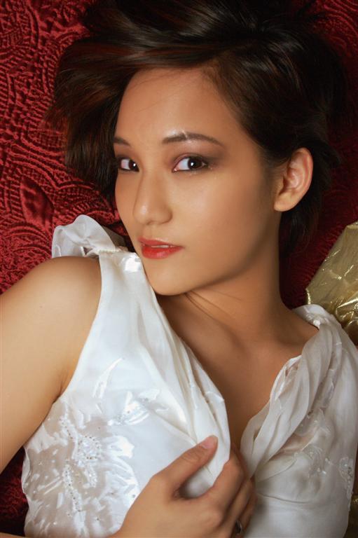 Female model photo shoot of Alice L by Happysignature in Edison, NJ