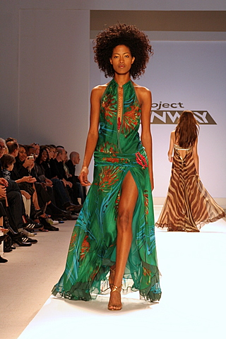 Fashion Week Aug 11, 2007 Kevin R. Mason nazzz
