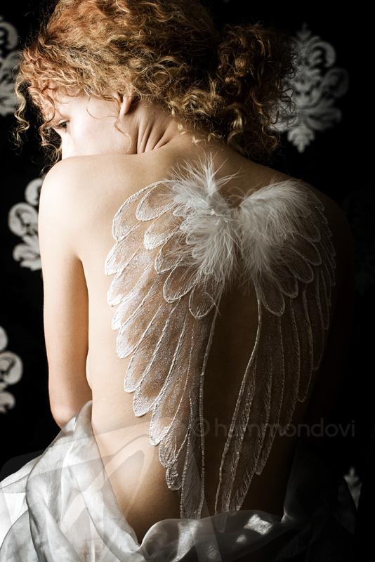 London Aug 16, 2007 Geoffrey Hammond Hiding Angel