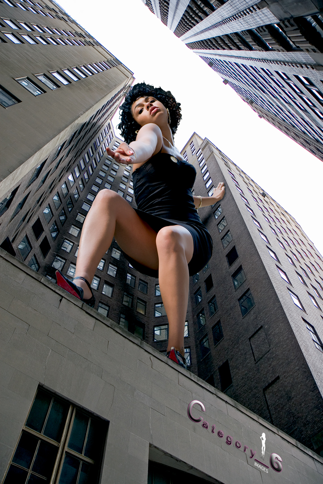 Financial District, NY Aug 19, 2007 Category_6 Images 40 Ft. Woman Pt. II