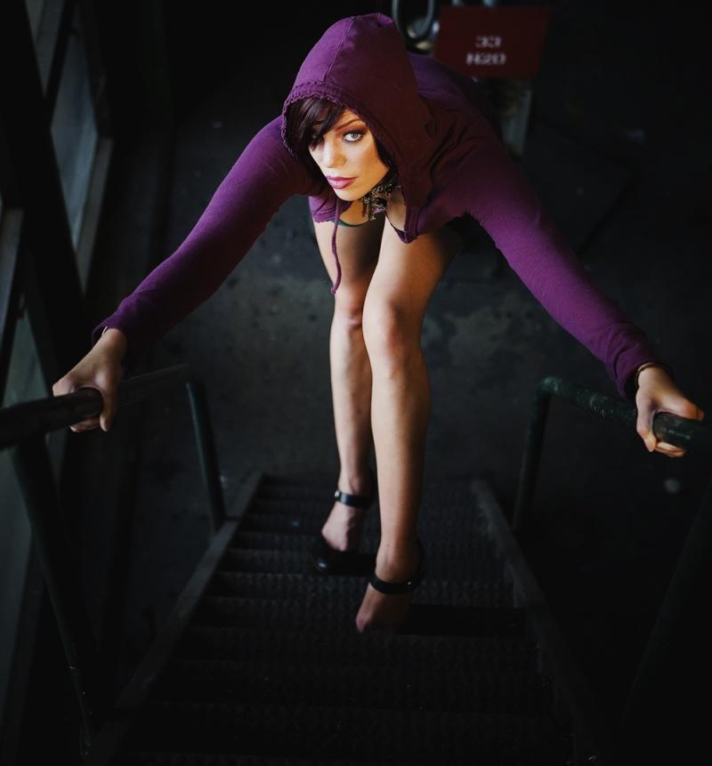 Female model photo shoot of redzy by jabberpics