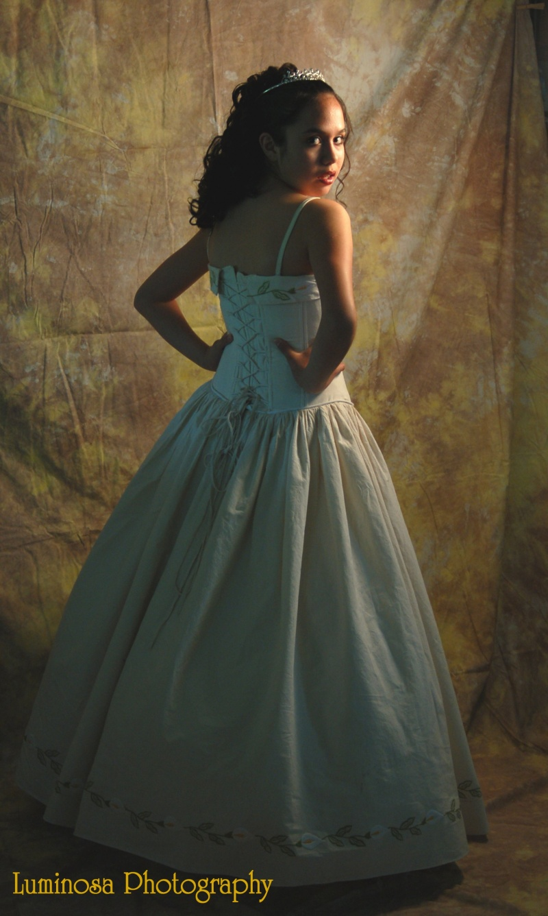 Female model photo shoot of Luminosa