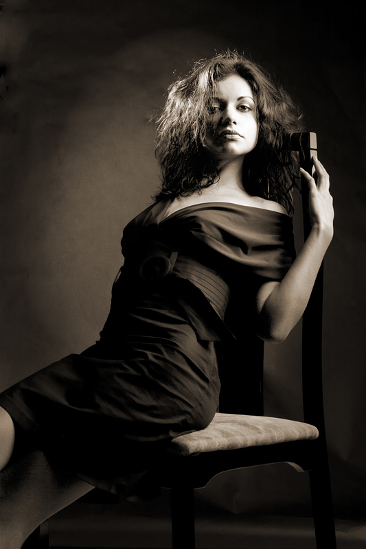 Female model photo shoot of MPFashion by LT Studio