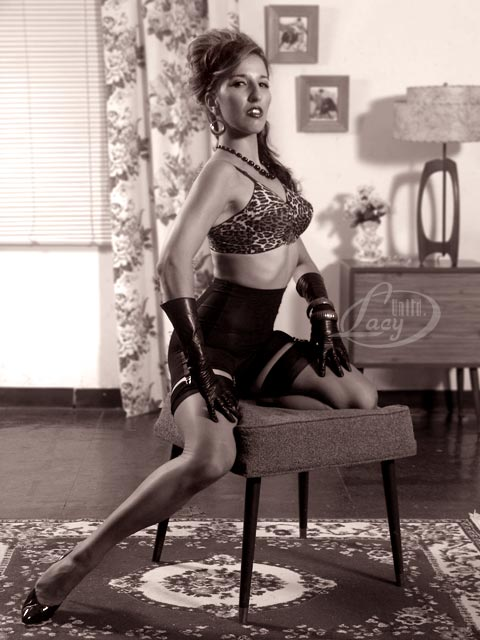 Marks studio in NY Aug 29, 2007 Mark Lacy Pinup Vixen