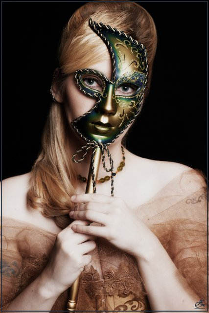 Sep 02, 2007 Lisa / Irismoon & Zairias Photography * MUA Kasia S. If I wore A Mask. . .