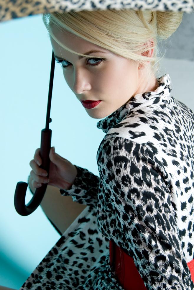 Fleshtone Studio, WeHo Sep 03, 2007 Sascha Knopf Photography & Styled by Knopfenbuch Zebra :-)