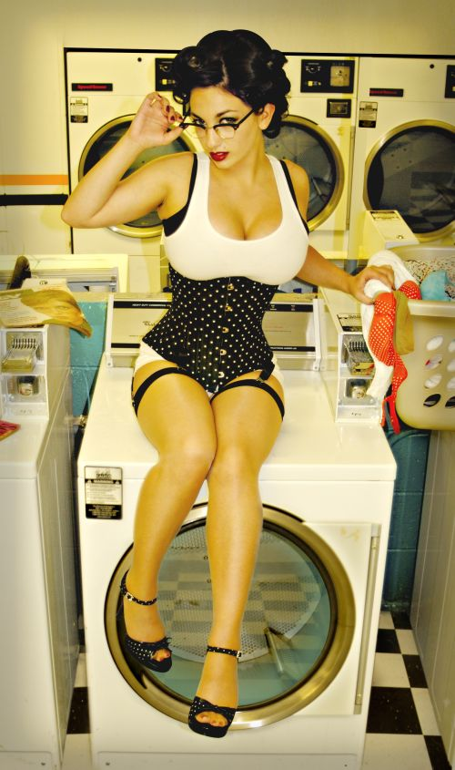 www.kimreo.com Sep 06, 2007 dirty laundry