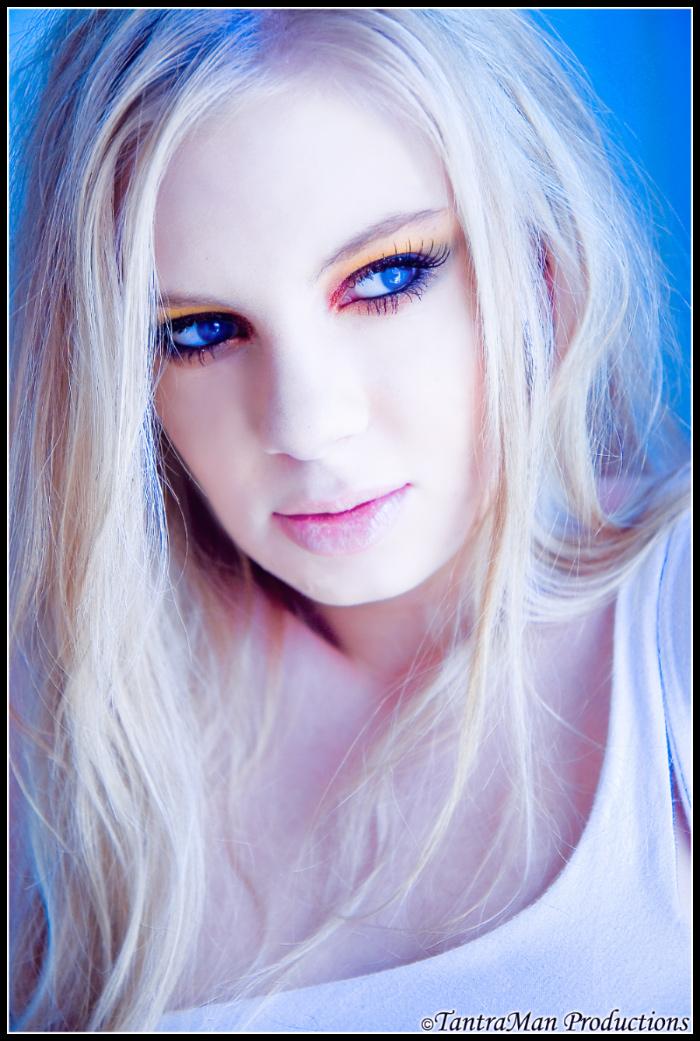 Makeup by Meghan Burt Sep 12, 2007 (c)TantraMan Productions Femme de Bleue
