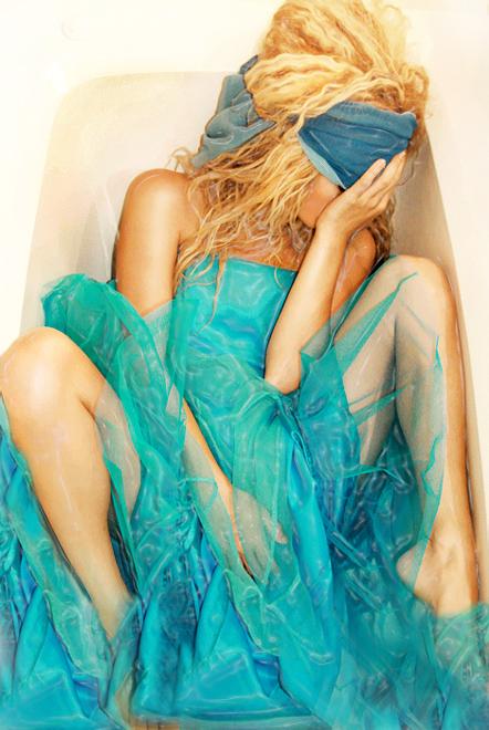 bath tub Sep 25, 2007 Storm self portraits Keep Your Ribbon