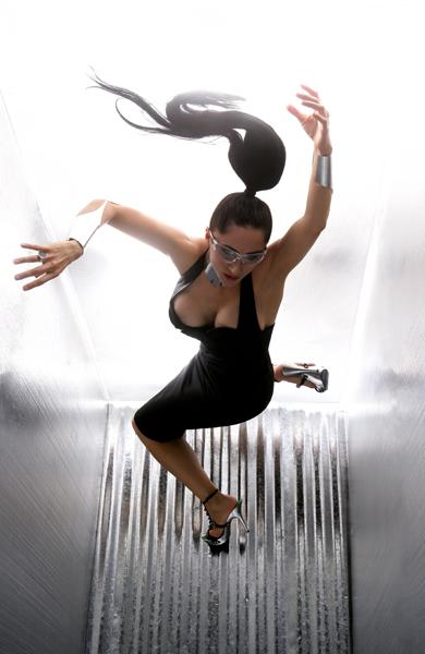 LEON Studio Sep 30, 2007 LEON Photography Model: Liz, Styling:LEON, Collar & cuffs: HARDWEAR by LEON