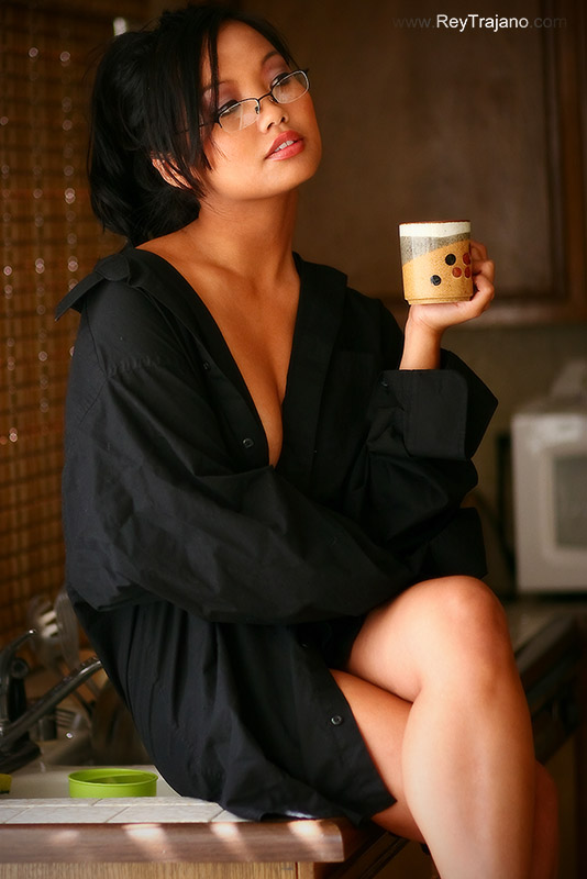 Oct 02, 2007 Rey Trajano BEST PART OF WAKING UP IS AZAYLIA WITH YOUR CUP .............