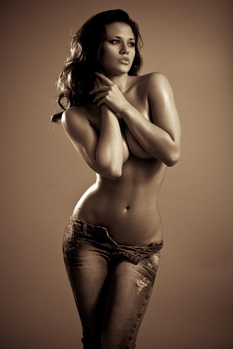 model mayhem nude ebony