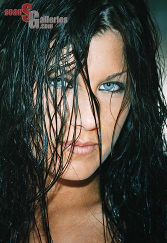 Oct 04, 2007 seansgalleries.com Kristina