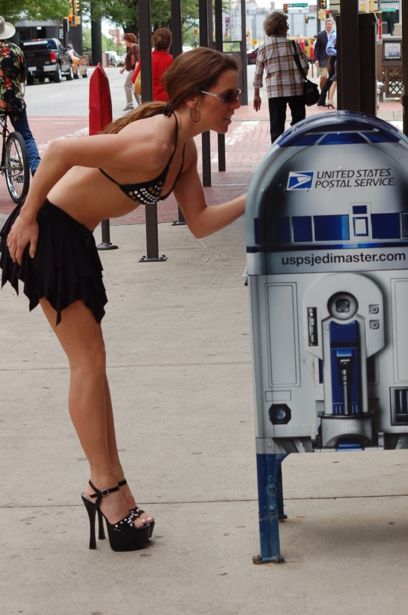 down town Fort Worth, TX Oct 15, 2007 Nter Galactic Studios Help me USPS, youre my only hope!