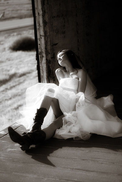 Female model photo shoot of Stephanie Briggs