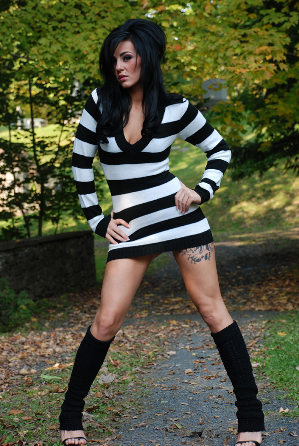 Female model photo shoot of xXxJaclynxXx by GeorgeMenge Photography