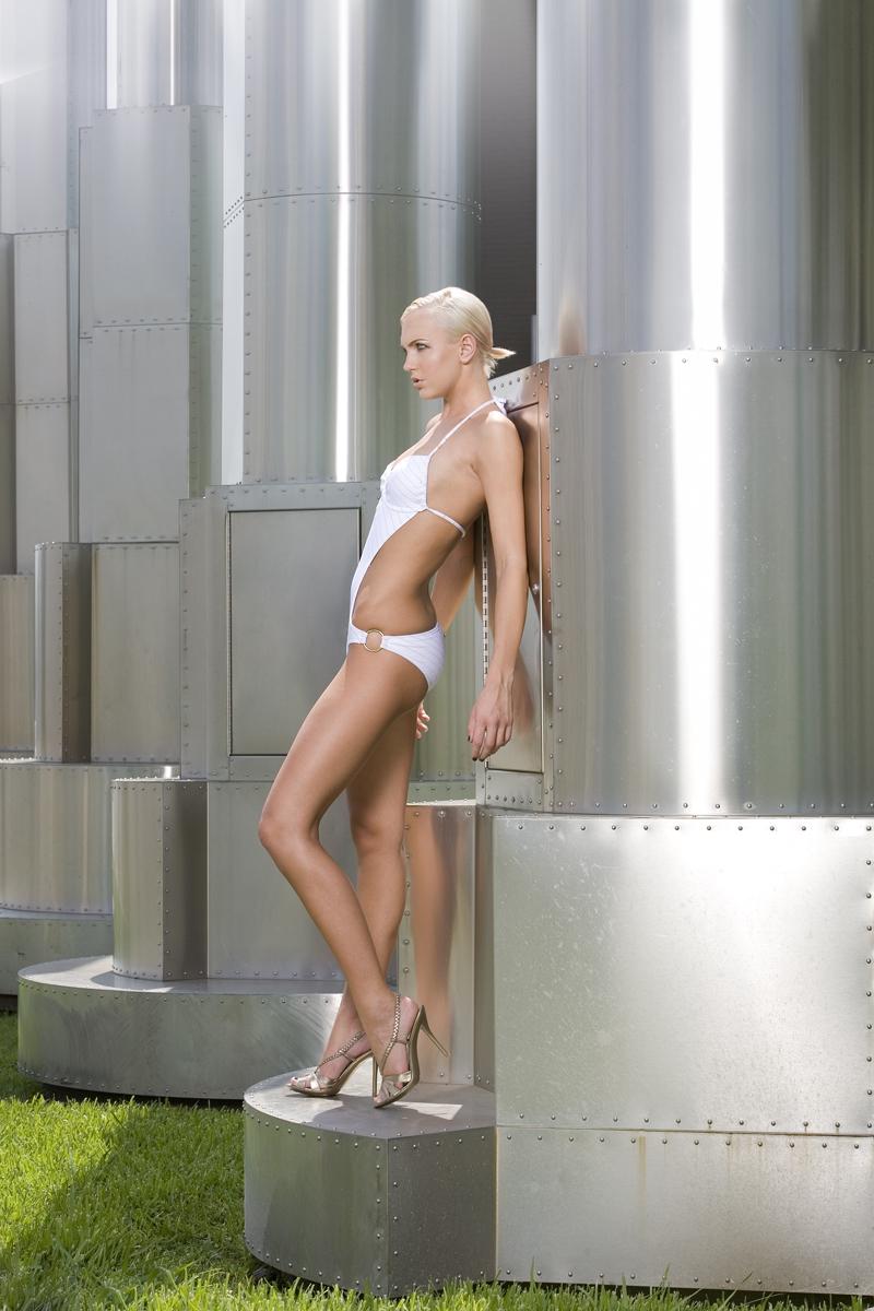 Female model photo shoot of Christine Bently