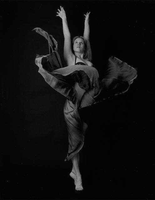 Studio Nov 04, 2007 FOOTE PRINTS Flower Dance       (Not an MM Model)