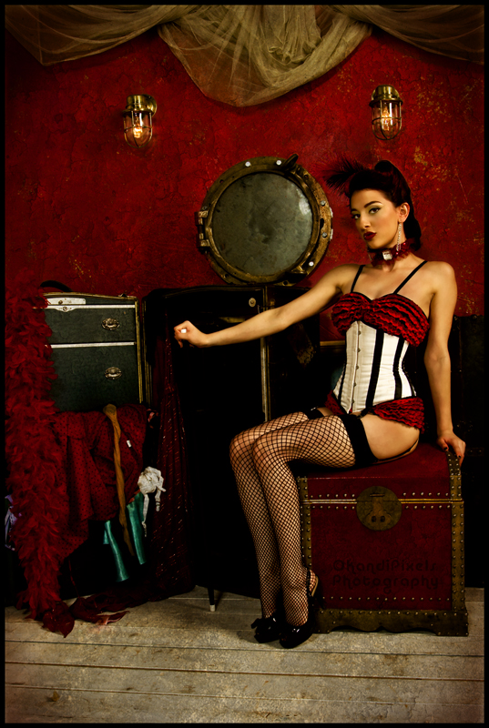 OMP studios Nov 05, 2007 ©Pixel Moulin Rouge.. (Pin up girl class by Gogo Amy)