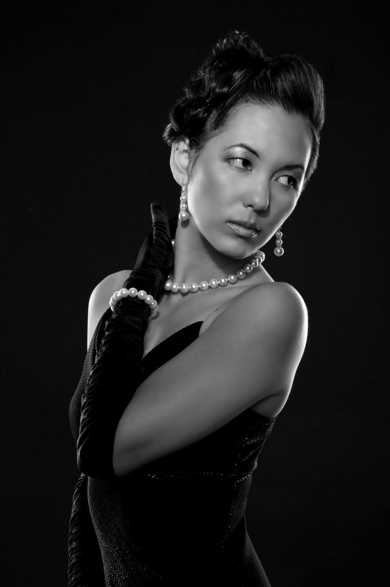 Nossi College of Art Nov 06, 2007 Patricia Gannon Woot! Bond girl :)