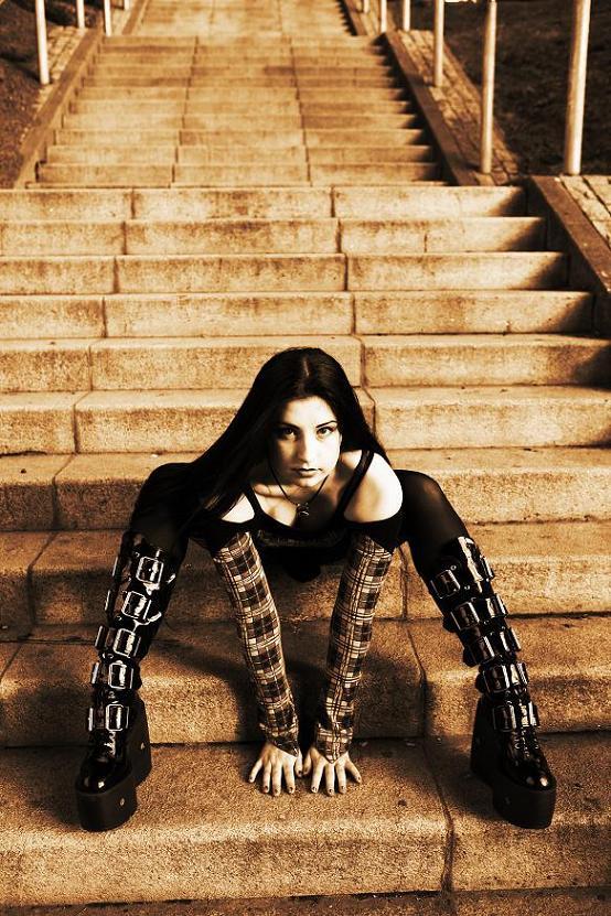 Female model photo shoot of Luna_ravyn by pterodactylwings