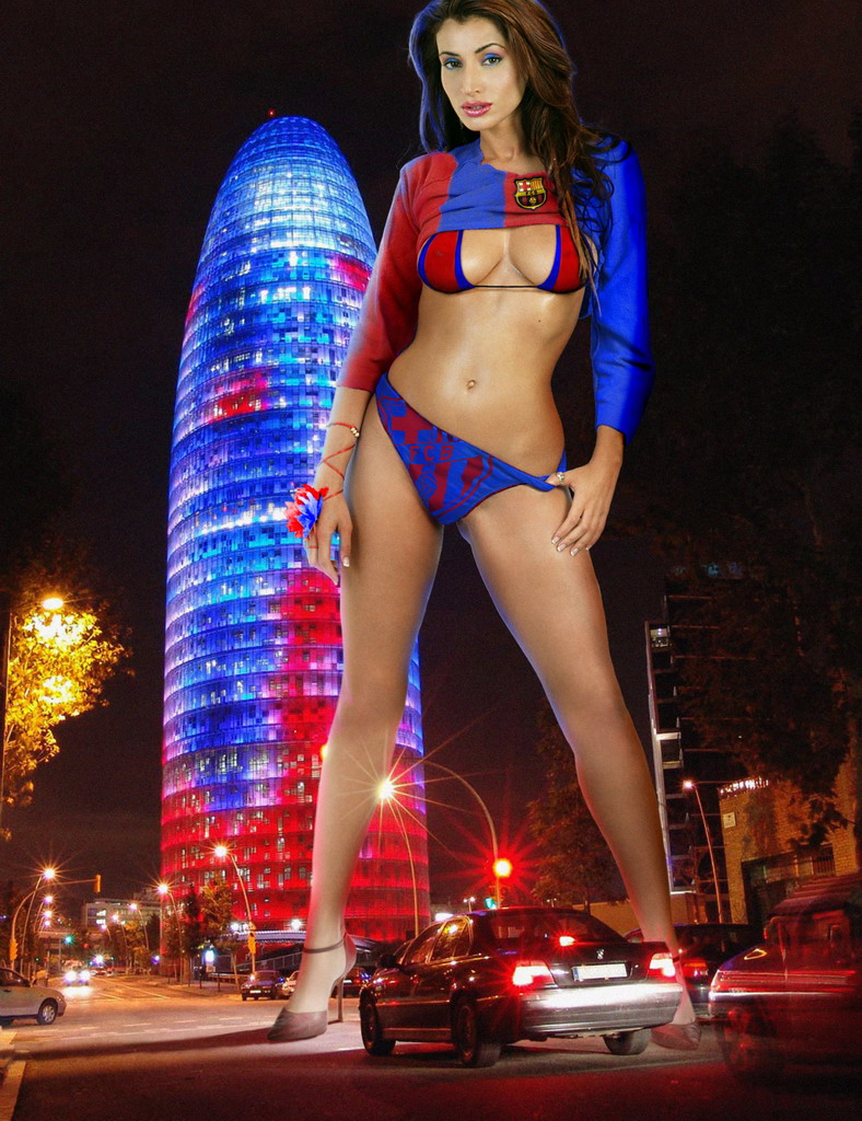Agbar Tower, Barcelona Nov 22, 2007 Art of Walls - Photo: Full González Attack of the 40 feet model - Work for Futbol Life Magazine. They wanted Rosanna as a Barcelona FC big fan, so we made sure she was a really BIG fan :-)