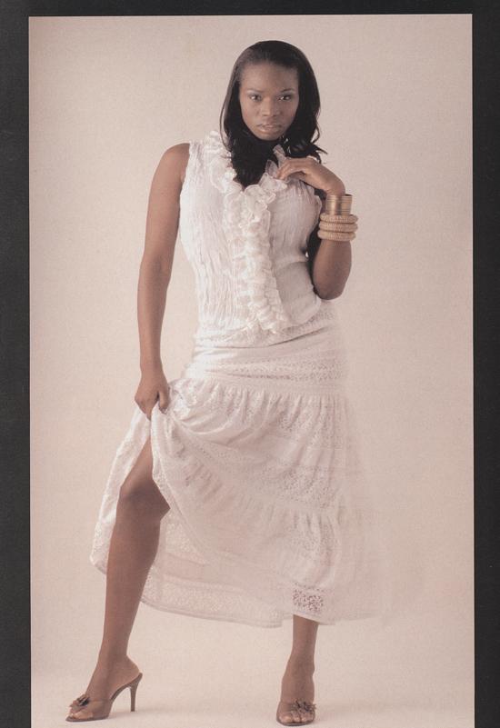 Female model photo shoot of DazelleYvette in Chicago,Il