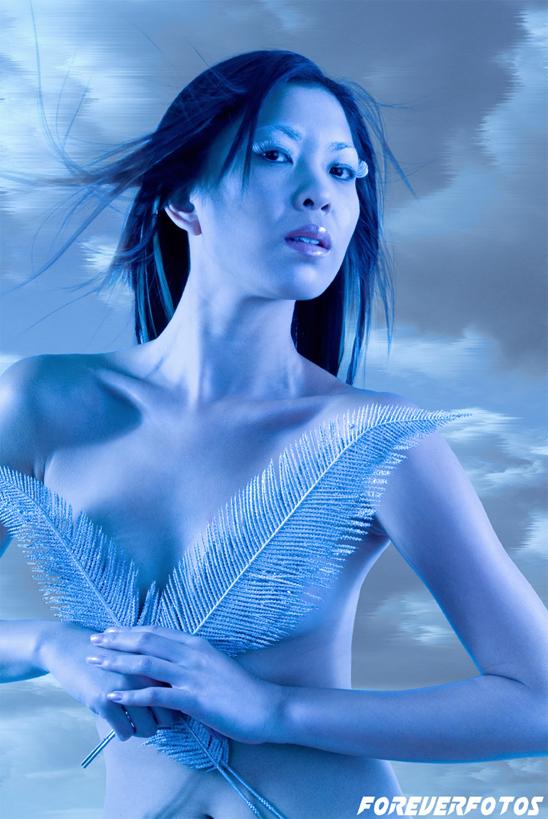http://photos.modelmayhem.com/photos/071129/07/474eb6313f4ca.jpg