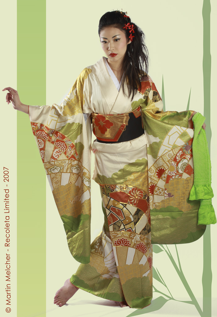 Woolwich, London Dec 02, 2007 Copyright © 2007, Martin Melcher - Recoleta Ltd Tsubaki in a furisode kimono from Akemis collection with additional styling by Miwa and make-up by Nina Braisby