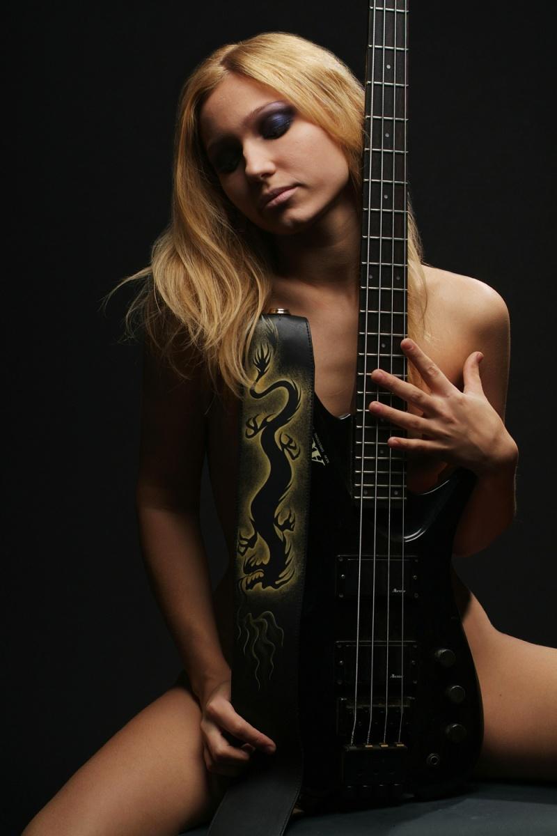 Moscow Dec 02, 2007 Robert Borsh Bass Player