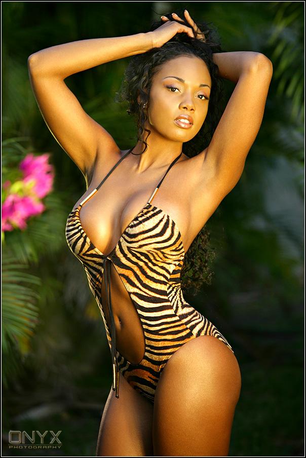 Female model photo shoot of Vanessa Veasley in Tamarac, FL