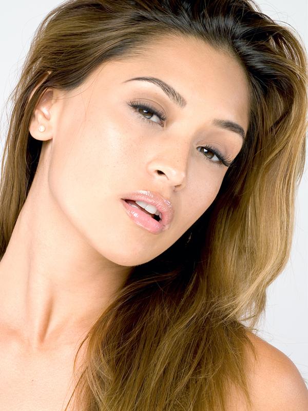Female model photo shoot of Melanie Tillbrook in Miami Beach, FL