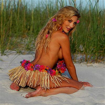 Daytona Beach,FL Dec 04, 2007 DNA Photo Hula Girl