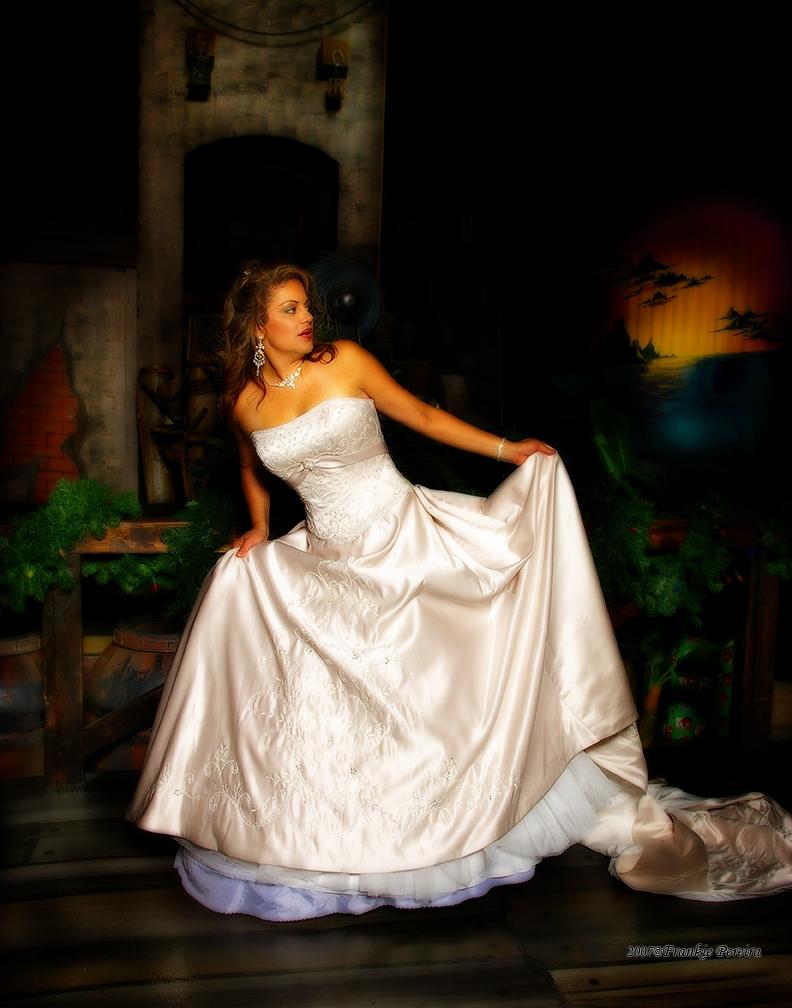 Orlando, FL Dec 05, 2007 2007©FrankiePereira Model: Ivette Holley