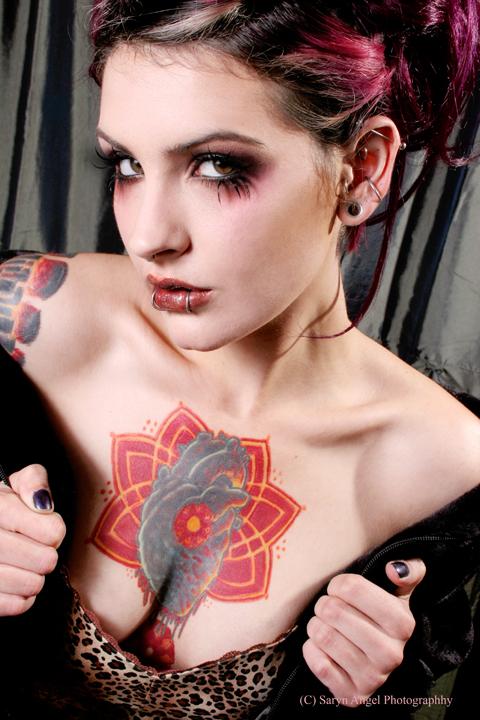 Dec 07, 2007 Saryn Angel Photography Dice Suicide