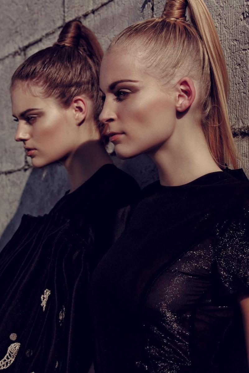 Dec 08, 2007 photografer: Lalo Gonzalez, models:Sarriette and Carlijn