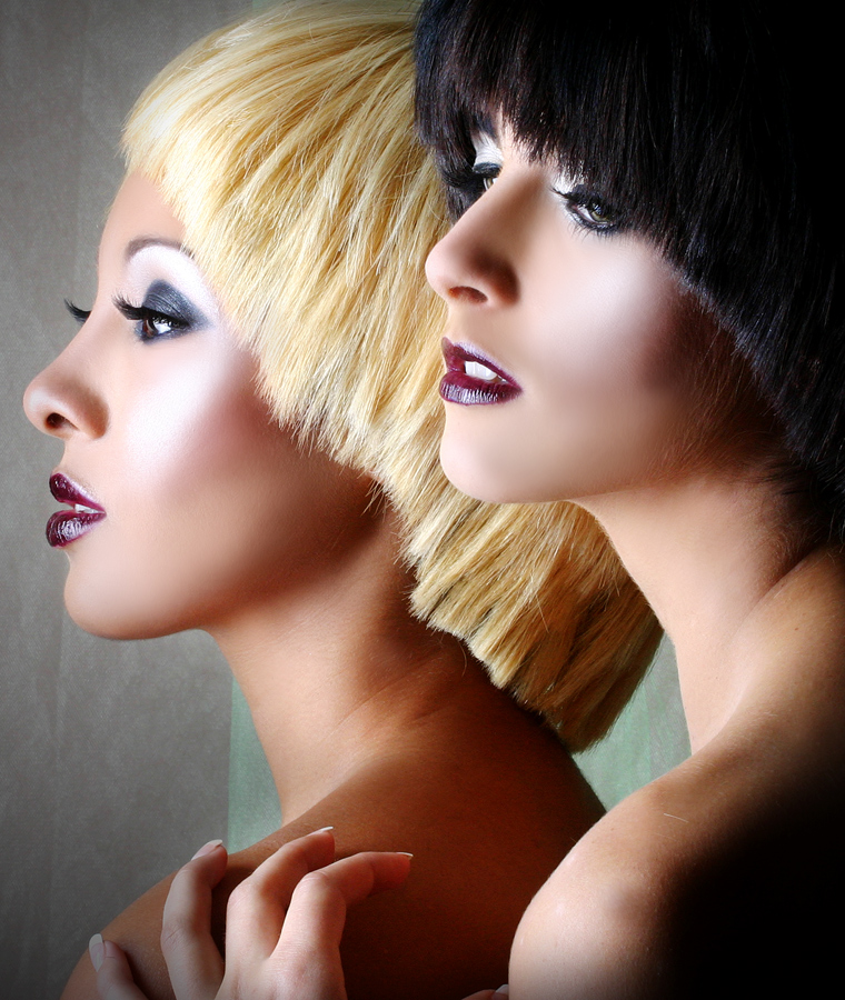 Dec 10, 2007 MIC FONTAINE NEW WORK BY ALICIA BROWN-MIC FONTAINE- LEE THE ARTIST MODELS KERRY & JESSICA