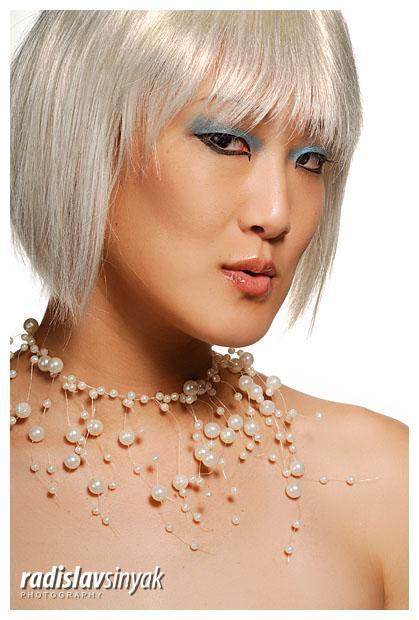 Dec 10, 2007 Makeup & Hair: Cara Dulce