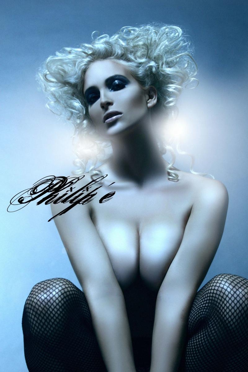 Female model photo shoot of Deanna Webb by Philipe