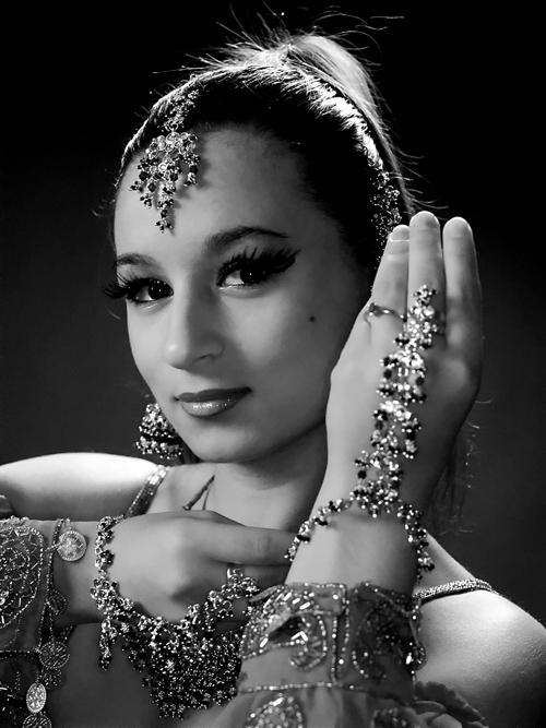 Bloomington, IN Dec 12, 2007 Stormwind Photographics Black and white classical dancer