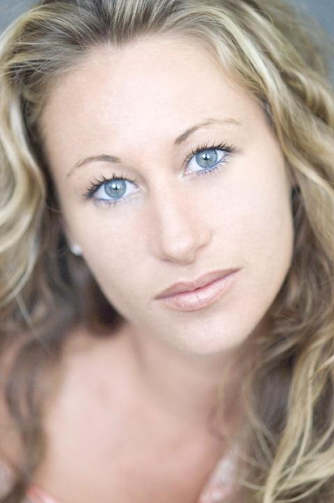 Dec 12, 2007 blue eyes