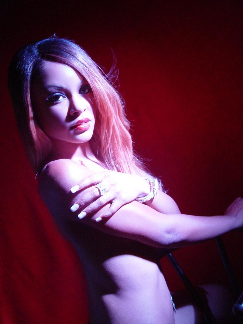 st. louis Dec 13, 2007 jasmine alexanderia/japhus johnson photography spotlight nude