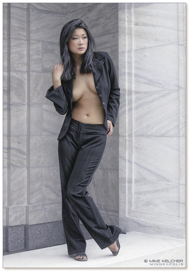 https://photos.modelmayhem.com/photos/071216/05/4765047373ffe.jpg