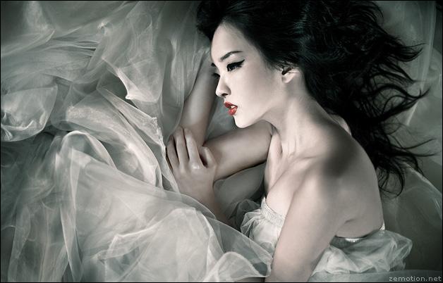 Dec 21, 2007 Zhang Jingna Luna.