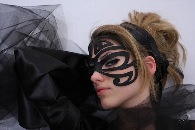 Budapest Dec 21, 2007 S 36 Maori Inspired Mask